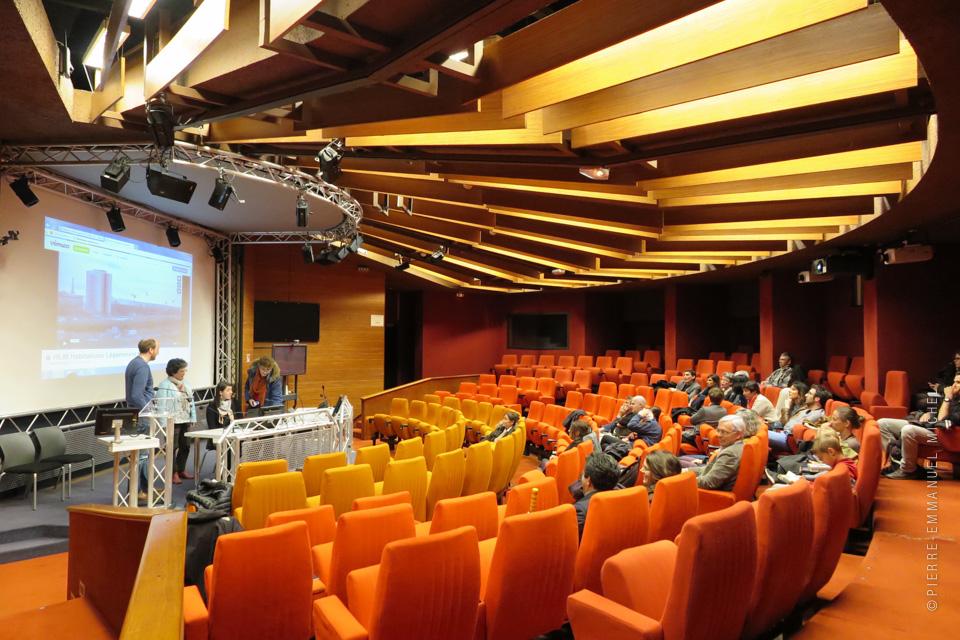 31032016-IMG_6509-pavillon-de-l-architecture-projection-docu-hlm-piano
